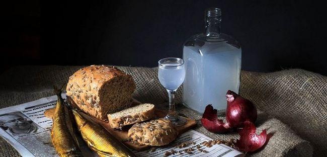Найкращі трав`яні і фруктові настоянки на самогоні: рецепти з фото і покрокові інструкції