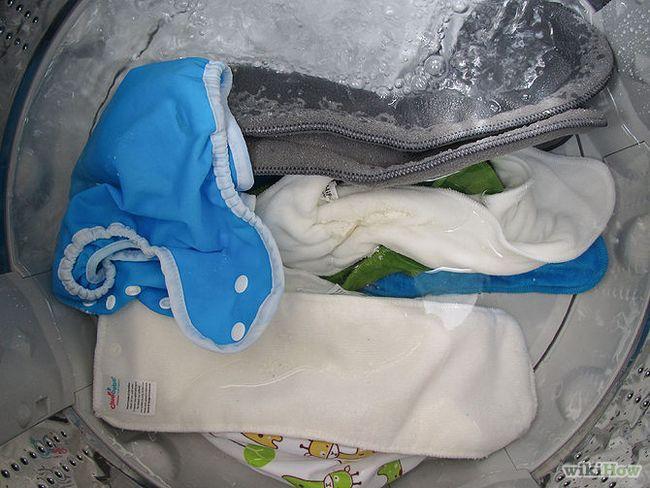 Зображення з назвою Strip Cloth Diapers by Boiling Step 10