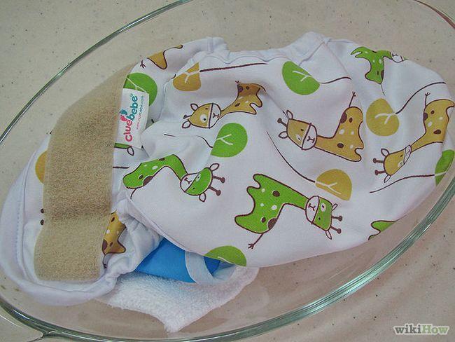 Зображення з назвою Strip Cloth Diapers by Boiling Step 7