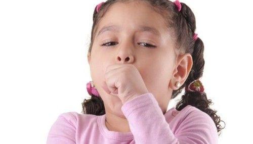 З`явився у дитини сухий гавкаючий кашель
