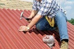 Як перекрити дах? Поради для початківців будівельників